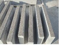 廣場地面石板磚廠家對界石的介紹