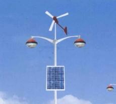 供应J型太阳能路灯