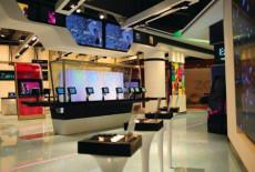 貴州影院數字標牌KTV數字廣告機